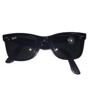 Ray Ban Wayfarer RB 2140 black lense  sunglasses